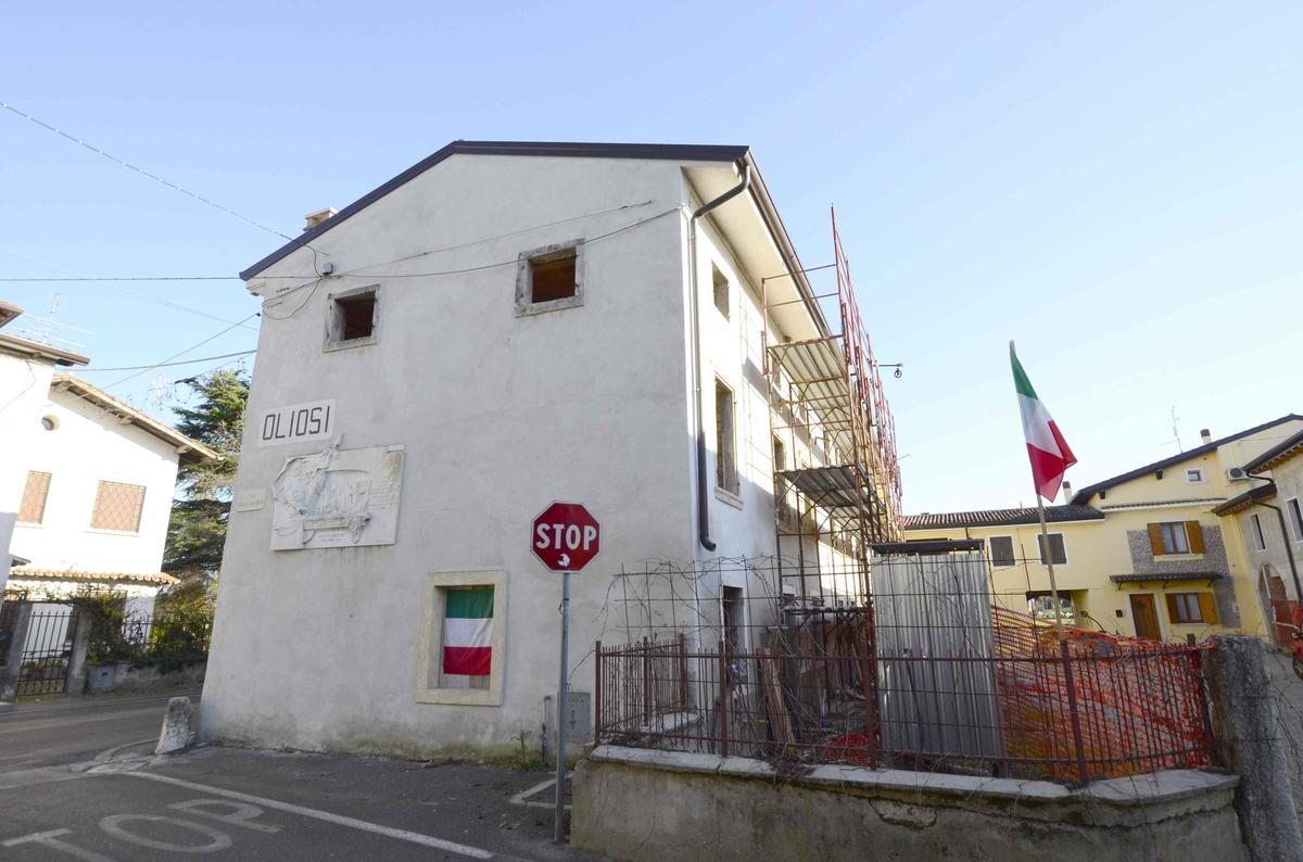 Rustico / Casale Castelnuovo Del Garda Oliosi