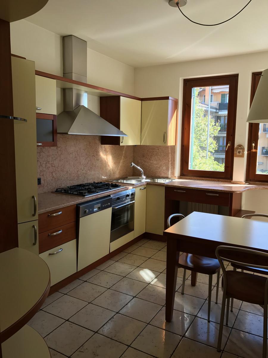 Vendita appartamento cinque locali Bussolengo